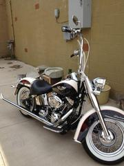 2011 Harley-Davidson Softail Deluxe (FLSTN).only 675 miles on it.