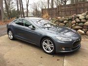 2013 Tesla Model S 24408 miles